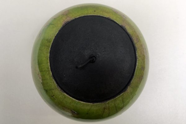 Boite boule émail vert